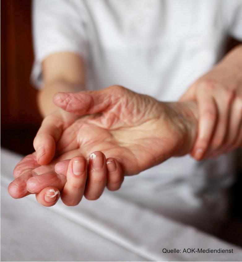 steife Hand Mobilisierung Pflege