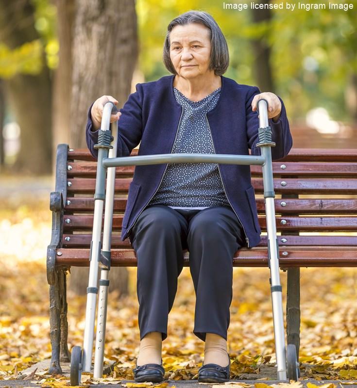 pflegebedürftige Seniorin