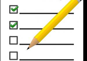 Checkliste mit Häkchen