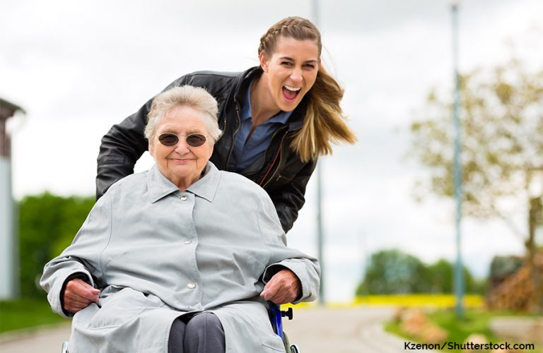 Rollstuhl draußen, Angehörige